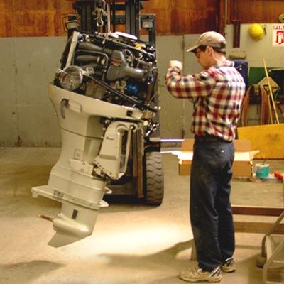 сервис по обслуживанию и ремонту лодочных моторов